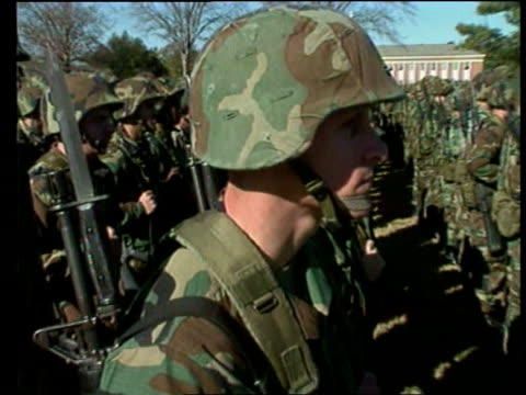 stockvideo's en b-roll-footage met america selling kosovo war; us pool location unknown: seq troops lined up and marching - war and conflict