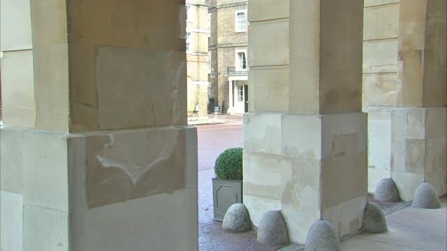 Boris Johnson hosts talks on Syria and Yemen Arrivals ENGLAND London Lancaster House EXT People arriving / Boris Johnson MP and John Kerry arriving...
