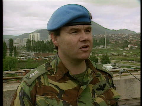 stockvideo's en b-roll-footage met bosnia uk reinforcement/ hostage release/ f16c downed conflict bosnia uk reinforcement/ hostage release/ f16c downed ext sarajevo cms lt col gary... - 1995