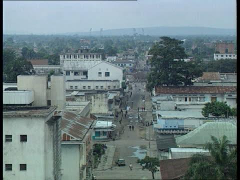 kinshasa tgvs kinshasa rooftops and street scenes as v/o bbc world service broadcast c4n - コンゴ民主共和国点の映像素材/bロール
