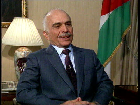 stockvideo's en b-roll-footage met middle east peace conference: king hussein interview; cf tape no longer available jordan, amman cms robert moore & king hussein of jordan along... - audio available