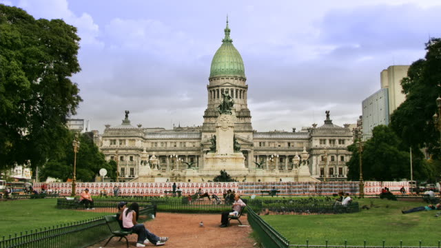 vidéos et rushes de t/l, zo, ws, congreso nacional (argentina's parliament), buenos aires, argentina - bâtiment du parlement