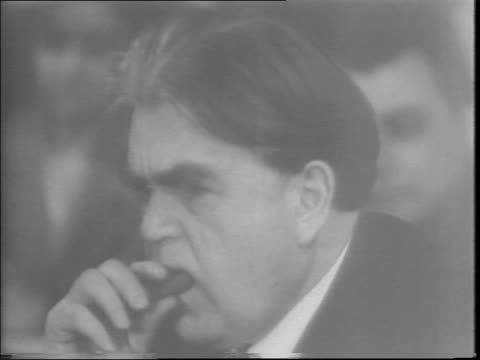 congress in session inside us capitol building / clock showing 528 / headline 'congress overrides antistrike bill veto in record time' / labor leader... - anno 1943 video stock e b–roll
