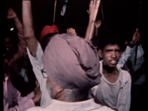 congress party supporters march to parliament delhi aug 72 - congress party stock videos and b-roll footage