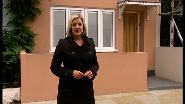 Conman jailed for South Kensington property sale scam ENGLAND London South Kensington Donne Place EXT General view of house Reporter to camera Front...
