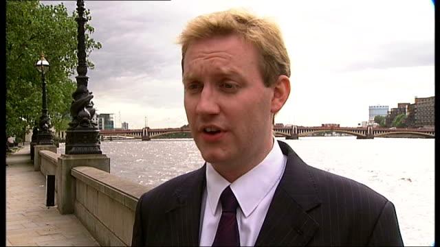 Conman jailed for South Kensington property sale scam London David Cox interview SOT Donne Place General view of house