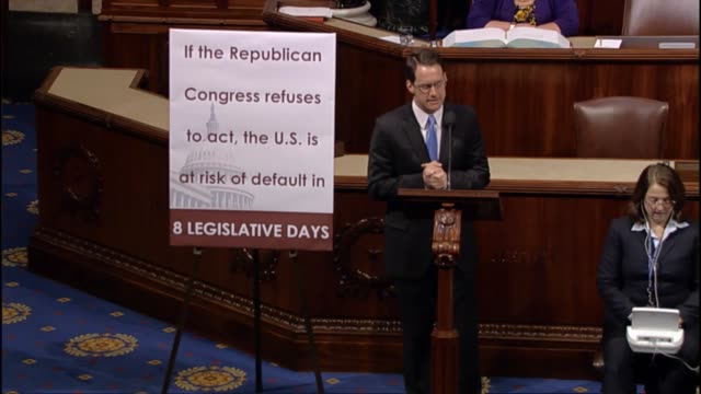 connecticut rep jim himes says that a bill before the house to prevent a national default does not do so but rather would make america a deadbeat by... - sozialversicherung stock-videos und b-roll-filmmaterial
