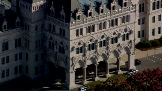 connecticut state capitol  - aerial view - connecticut,  hartford county,  united states - connecticut stock videos & royalty-free footage