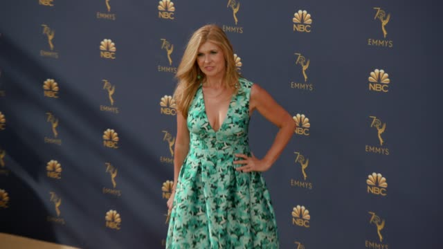 vídeos de stock, filmes e b-roll de connie britton at the 70th emmy awards arrivals at microsoft theater on september 17 2018 in los angeles california - 70th annual primetime emmy awards