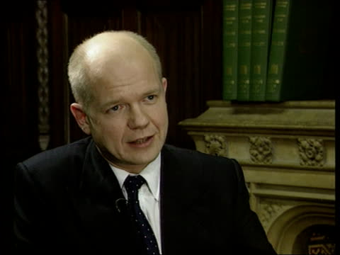 BONG William Hague sat during interview