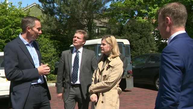 conservative candidate craig mackinlay charged over 2015 general election expenses may 2017 various shots of craig mackinlay with others craig... - richard pallot stock-videos und b-roll-filmmaterial