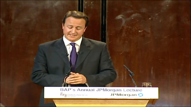 vídeos de stock e filmes b-roll de conservative leader david cameron's jp morgan lecture in analysing the threat i would like to go back to september 11th / i was working in my... - world trade centre manhattan