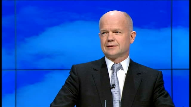 stockvideo's en b-roll-footage met conservative party conference 2011: william hague speech; england: manchester: int **beware flash photography** jan zahradil introducing william... - david steel politiek