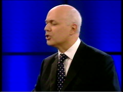 final day iain duncan smith speech news at ten nick robinson england lancashire blackpool conservative leader iain duncan smith mp teresa may mp... - itv news at ten stock-videos und b-roll-filmmaterial