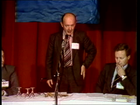 vídeos de stock e filmes b-roll de teddy taylor calls for referendum on capital punishment england east sussex brighton int teddy taylor mp addressing fringe meeting sot calls for... - east sussex