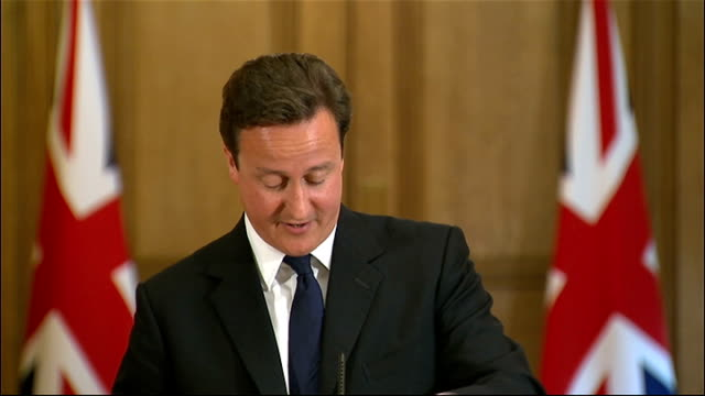 stockvideo's en b-roll-footage met david cameron monthly press conference; question sot - prime minister, the nhs bill is going to come back to committee in the house of commons. it... - monty python