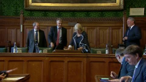 vídeos y material grabado en eventos de stock de conservative party leadership contest: first round of voting has boris johnson on top; england: london: house of commons committee room 12: int 1922... - concursante