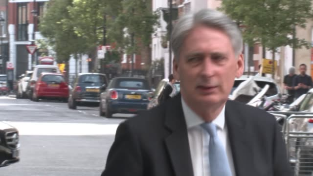 more candidates confirm they will stand as philip hammond warns of 'no deal' brexit england london new bbc broadcasting house ext philip hammond mp... - フィリップ ハモンド点の映像素材/bロール