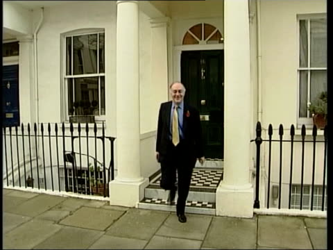 stockvideo's en b-roll-footage met michael howard's shadow cabinet itn conservative central office michael dobbs interview sot maurice can not only bring passion excitement to politics... - michael dobbs