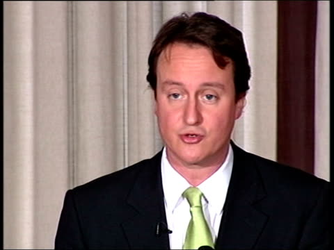 vidéos et rushes de david cameron outlines new plans for party; england: yorkshire: leeds: int david cameron speech sot - last week i won a convincing victory in the... - persuasion