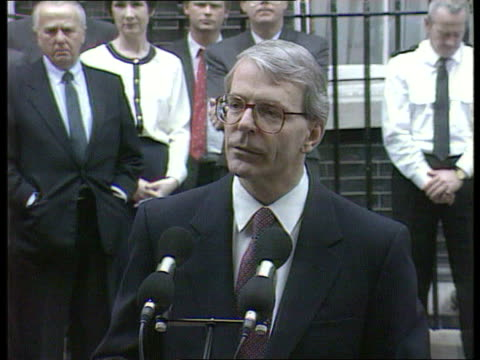 conservatives england la ms side pm john major and tory party london chairman chris patten down stairs downing st pan rl no 10 ext tms major and... - john major stock-videos und b-roll-filmmaterial