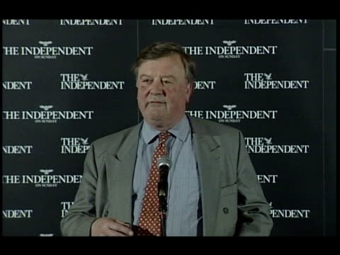 ken clarke loses first round of leadership ballot date unknown clarke drinking pint of beer and talking to supporters date unknown ext lms clarke... - kenneth clarke stock-videos und b-roll-filmmaterial