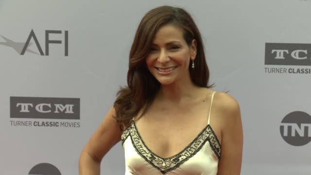 vídeos de stock e filmes b-roll de constance marie at the afi life achievement awards: a tribute to john williams at dolby theatre on june 09, 2016 in hollywood, california. - the dolby theatre