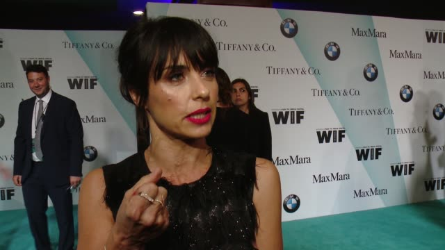 stockvideo's en b-roll-footage met interview constance zimmer on being here tonight and spreading the love at women in film 2015 crystal lucy awards presented by max mara bmw of north... - hyatt