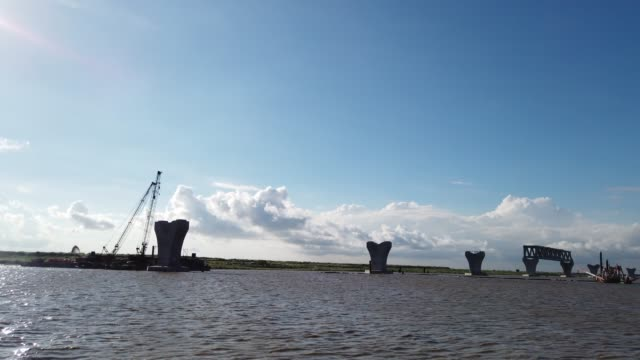vídeos de stock, filmes e b-roll de constructing padma bridge seen at the jajira point in shariatpur bangladesh on august 02 2019 the padma bridge will connect the southwest of the... - southwest usa