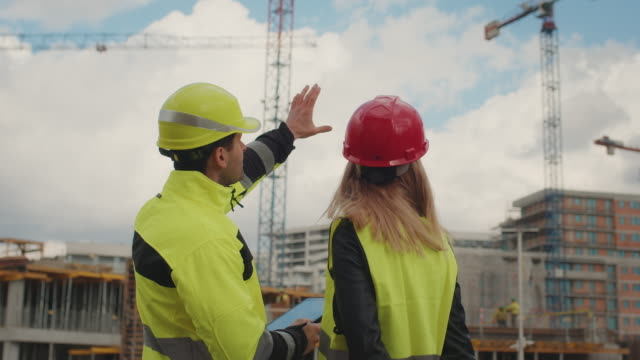 construction management workers - engineering stock videos & royalty-free footage