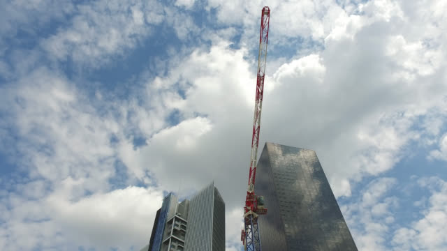construction of a building in the la défense business center district.. april 27, 2020 in paris, france. paris business district as france heads for... - construction site stock videos & royalty-free footage