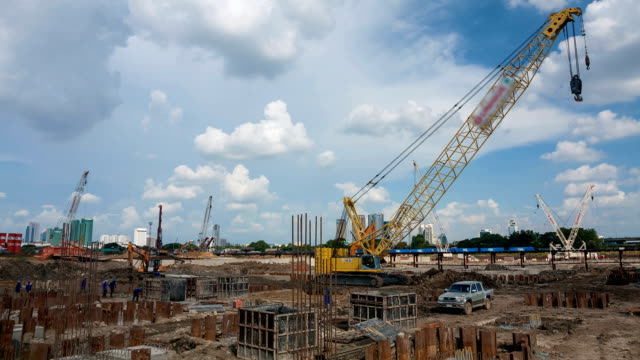 Byggandet av den nya byggnaden