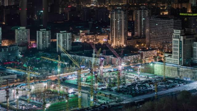 construction site at night - クレーン点の映像素材/bロール
