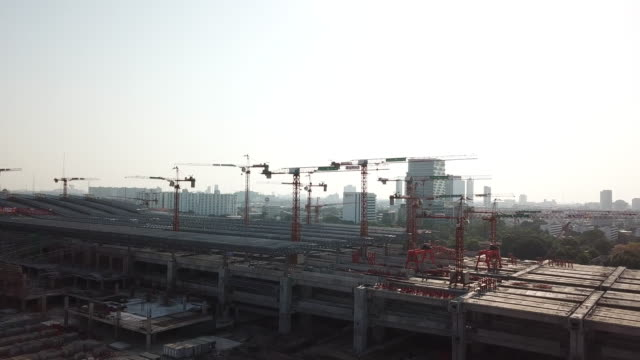 construction site in city - scaffolding stock videos & royalty-free footage