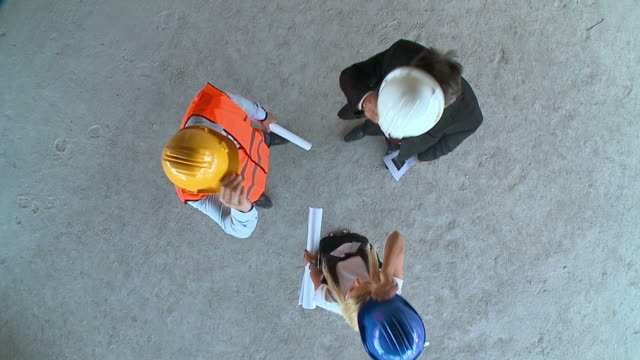 HD SLOW-MOTION: Construction Team