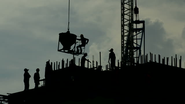 construction worker - construction worker stock videos & royalty-free footage