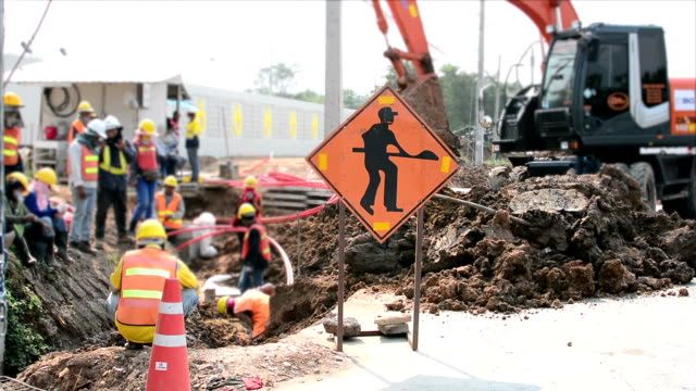 construction worker - roadworks stock videos & royalty-free footage