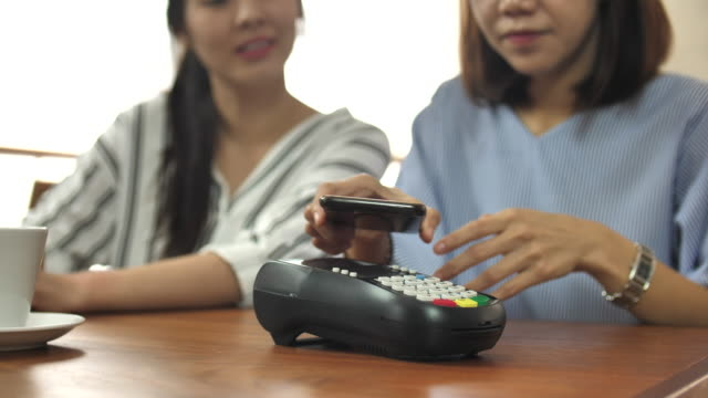 contactless payment - online banking video stock e b–roll