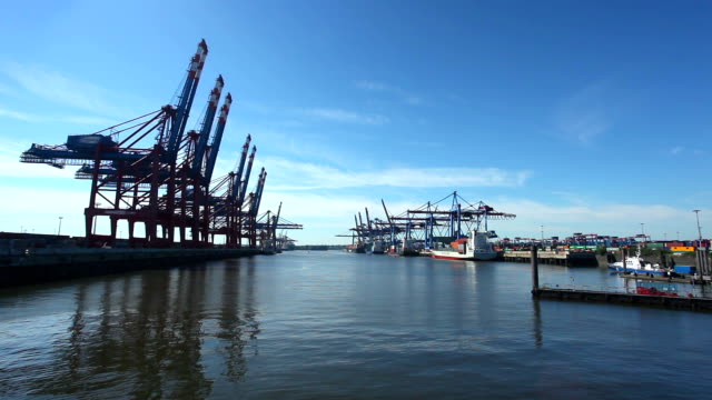 Container Hafen in Hamburg, Deutschland-Zeitraffer