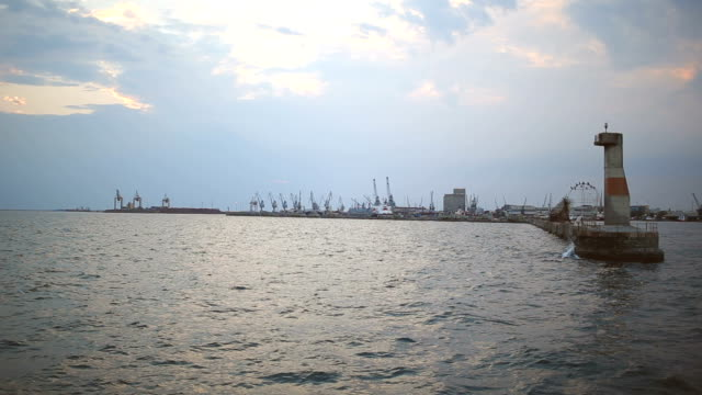 container port in thessaloniki, greece - crane stock videos & royalty-free footage
