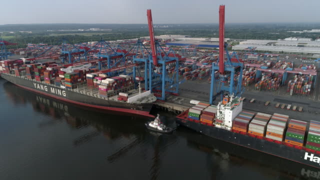 container ships loading at terminal in hamburg, dronelapse - mode of transport stock videos & royalty-free footage