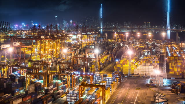 t/l ms ha container-terminal in der nacht / hongkong, china - hafen stock-videos und b-roll-filmmaterial