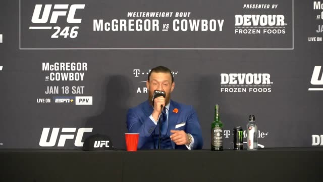 stockvideo's en b-roll-footage met *contains swearing*. conor mcgregor needed only 40 seconds to defeat donald cerrone in his eagerly anticipated ufc return in las vegas. mcgregor,... - 40 seconds or greater