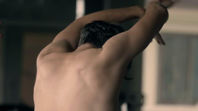 vídeos de stock e filmes b-roll de contemporary dance - ocupação criativa