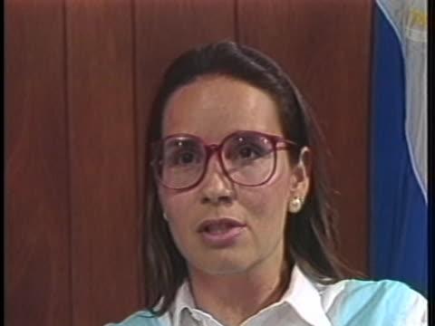 contra leader maria sacasa says nicaraguan president daniel ortega should free political prisoners and call for a cease fire. - ダニエル オルテガ サアヴェドラ点の映像素材/bロール