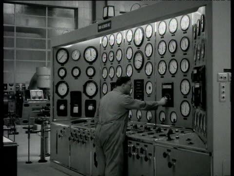 control panels and dials at battersea power station london 07 oct 54 - バタシー発電所点の映像素材/bロール