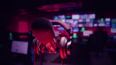 control room in television studio - broadcasting and radio broadcasting - producer stock videos & royalty-free footage