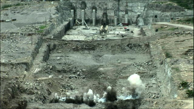 ws, ha, controlled explosion on construction site, mexico - sprengkörper stock-videos und b-roll-filmmaterial