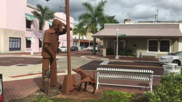 controversial metal sculptures in downtown fort myers, florida. - shock tactics stock videos & royalty-free footage