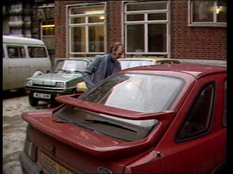 controversy over 'kidneys for sale'; 11.02.86 england: london: guy's hospital: ext michael bewick (surgeon who carried out operation to transplant... - human kidney stock videos & royalty-free footage